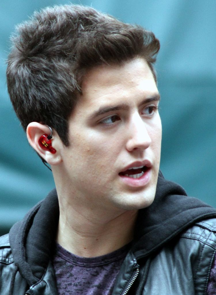 Logan Henderson Logan Henderson Wikipedia the free encyclopedia