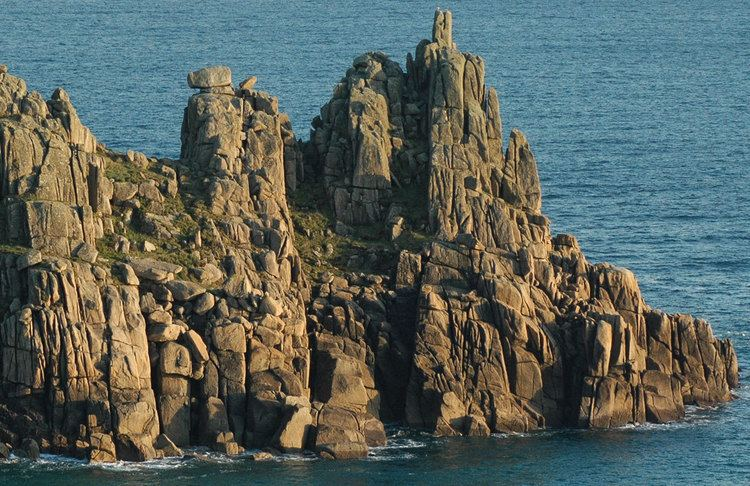 Logan Rock Logan Rock Treen Cornwall Guide