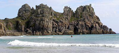 Logan Rock httpsuploadwikimediaorgwikipediacommonsthu