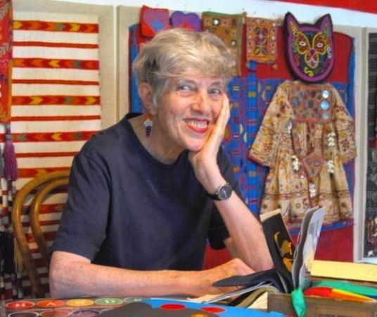 Lois Ehlert Biography Lois Ehlert Resource Guide