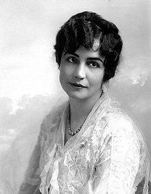 Lois Weber httpsuploadwikimediaorgwikipediacommonsthu