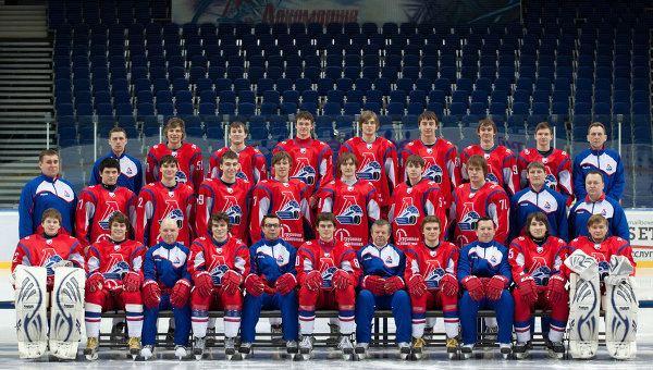 Lokomotiv Yaroslavl plane crash Months after plane crash Lokomotiv Yaroslavl reborn on ice Puck