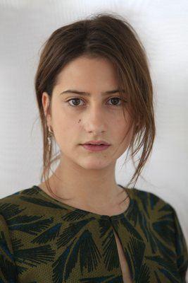 Lola Créton Lola Creton actress represented by Claire Hoath Management C