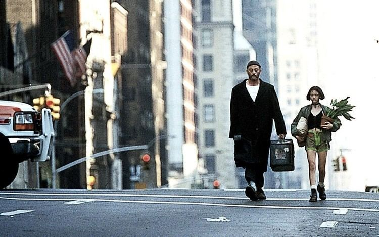 Léon: The Professional Remembering Leon The Professional just a perfectlybalanced movie