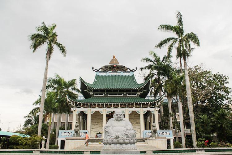 Lon Wa Buddhist Temple farm8staticflickrcom7444122264495065ea5eca847