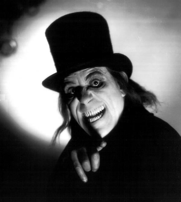 London After Midnight (film) BLACK HOLE REVIEWS LONDON AFTER MIDNIGHT 1927 how to enjoy a