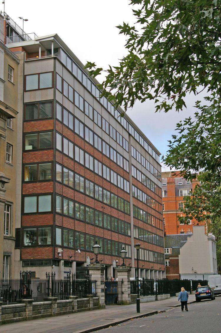 London Research Institute httpsuploadwikimediaorgwikipediacommonsthu