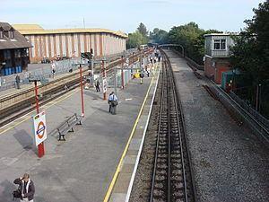 London to Aylesbury Line httpsuploadwikimediaorgwikipediacommonsthu