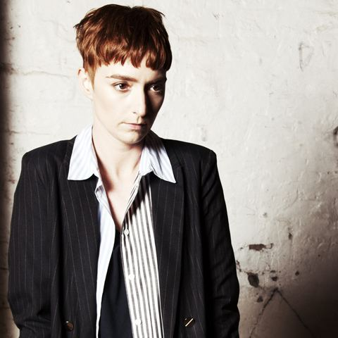 Lonelady WARP News Stream new single 39Groove It Out39 released