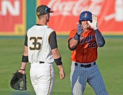 Long Beach State Dirtbags baseball Long Beach State Dirtbags can39t catch CSU Fullerton in series opener