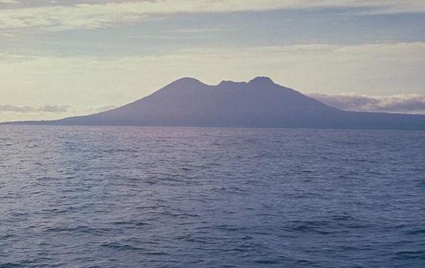 Long Island (Papua New Guinea) wwwgeographicorgphotosvolcanoeslongislandvo