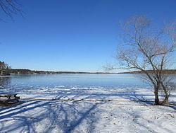 Long Pond (Lakeville, Massachusetts) httpsuploadwikimediaorgwikipediacommonsthu