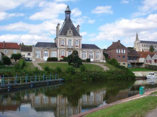 Long, Somme wwwfrancevoyagecomvisualscommuneslong32331