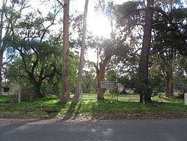 Longlea, Victoria httpsuploadwikimediaorgwikipediacommonsthu