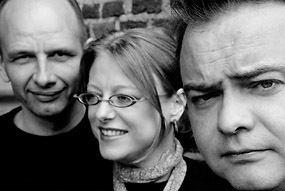 Longshanks (band) httpsuploadwikimediaorgwikipediacommons55