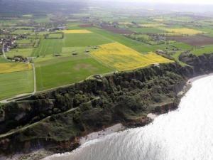 Longues-sur-Mer wwwfrancevoyagecomvisualscommuneslonguessur