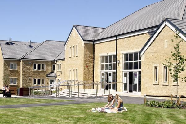 Lonsdale College, Lancaster Lonsdale College Bailrigg 63 Reviews by Students