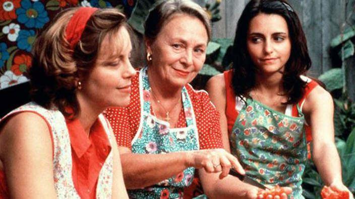 Looking for Alibrandi (film) Looking for Alibrandi Review SBS Movies