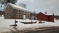 Loomis Family Farm httpsuploadwikimediaorgwikipediacommonsthu