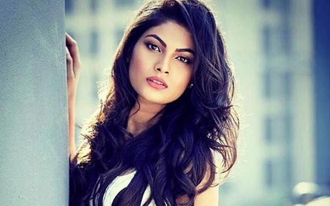 Lopamudra Raut BB10 contestant Lopamudra Raut tweeted THIS about the show Reality