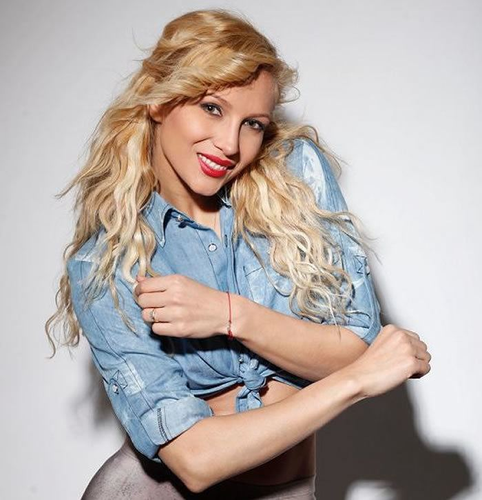 Lora (singer) LORA Melodii si Informatii GoKidsro