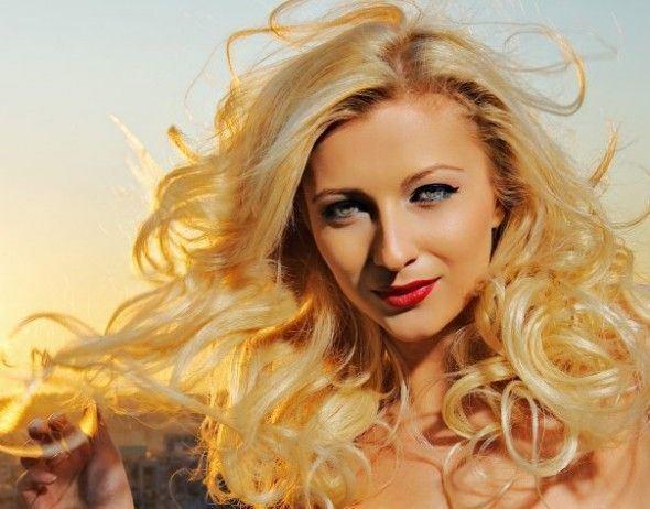 Lora (singer) Biografie Lora