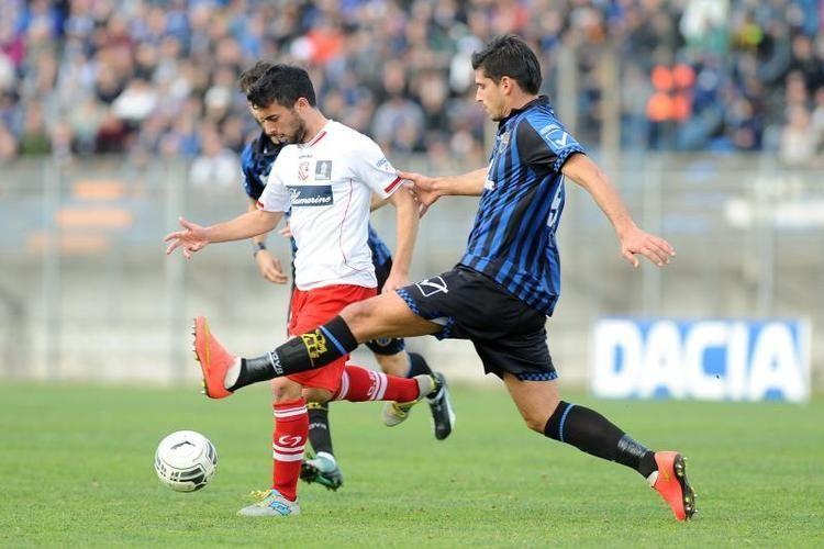 Lorenzo Pasciuti Serie A Carpi FCs Lorenzo Pasciuti Scores Historic Goal FOOTY FAIR