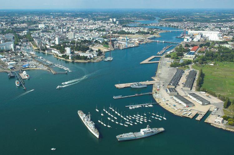 Lorient httpsuploadwikimediaorgwikipediacommonsff