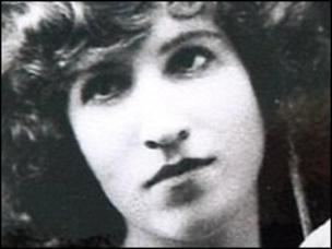 Lorna Moon Banned author Lorna Moons Strichen home to be saved BBC News