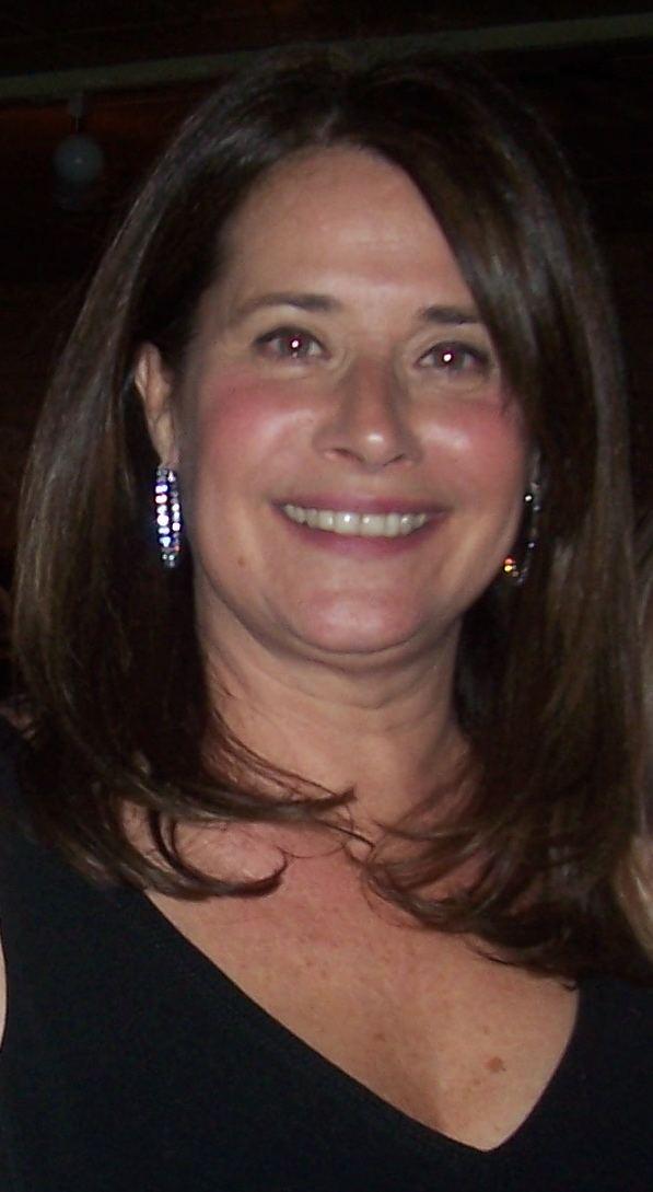 Lorraine Bracco httpsuploadwikimediaorgwikipediacommons77