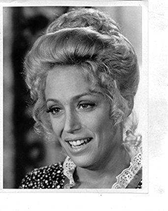 Lorraine Gary Lorraine Gary original vintage 7x9 photo H3908 at Amazon39s