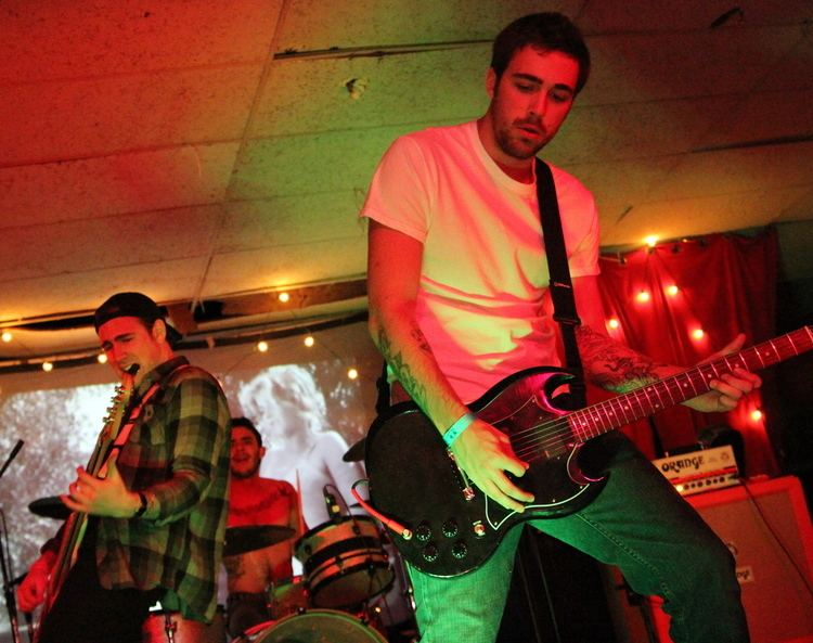 Lost In Society Lost In Society And American Pinup Dropped A Split At The Lanes On