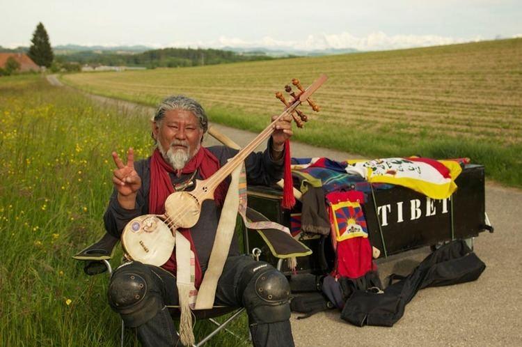 Loten Namling Loten Namling honoured with Free Spirit Award 2012 Tibet Sun