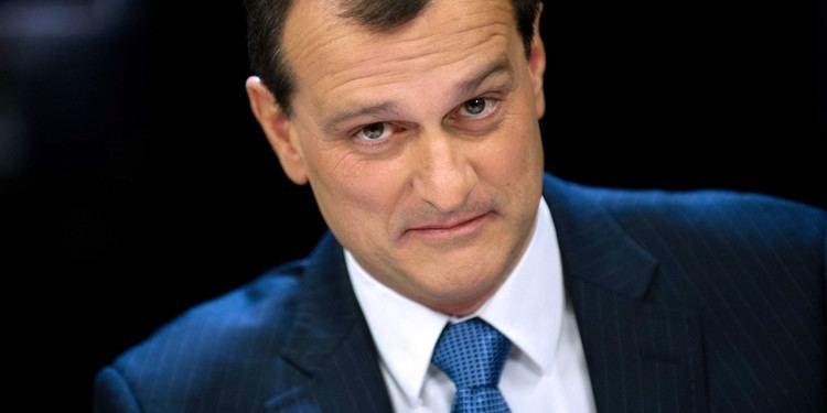 Louis Aliot Louis Aliot viceprsident du FN insulte une journaliste