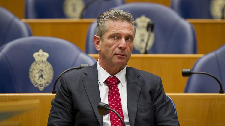 Louis Bontes Louis Bontes legt voorzitterschap VNL neer NU Het