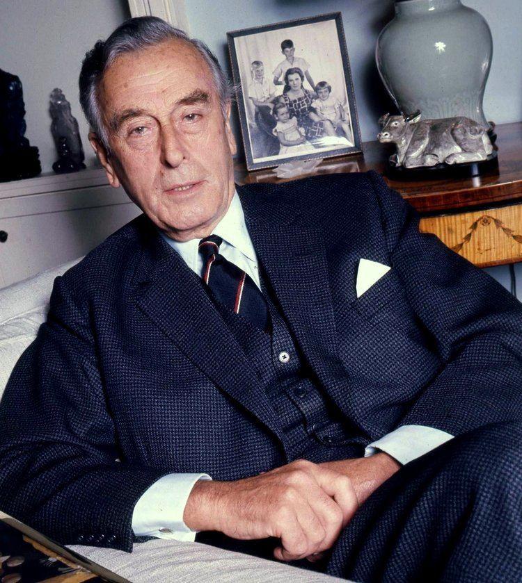 Louis Mountbatten, 1st Earl Mountbatten of Burma FileThe Earl Mountbatten of Burma civvies Allan Warren