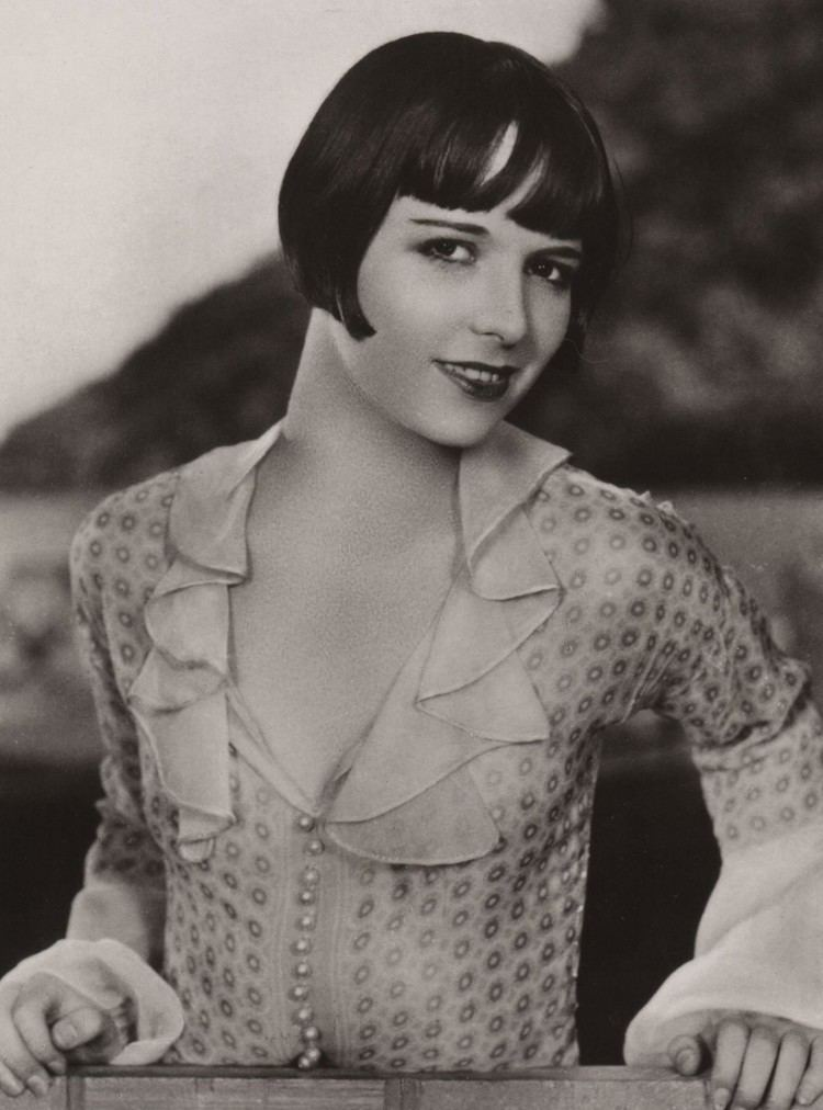 Louise Brooks Review time with Louise Brooks Detective Comics Should