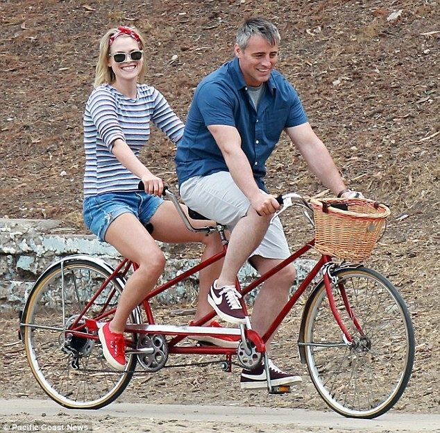 Lovesick (1937 film) movie scenes Pedalling their way to romance Matt LeBlanc and Ali Larter got cosy while shooting a beach scene for their new movie on Monday in Los Angeles