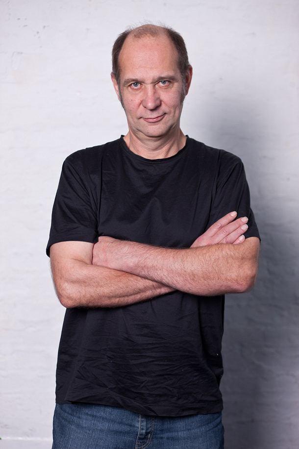 Lovro Artuković Lovro Artukovi u Laubi Pogledajto