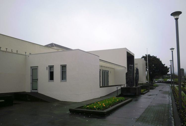 Lower Hutt War Memorial Library