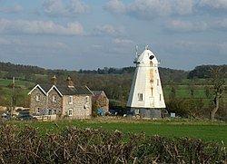 Lower Mill, Dalham httpsuploadwikimediaorgwikipediacommonsthu