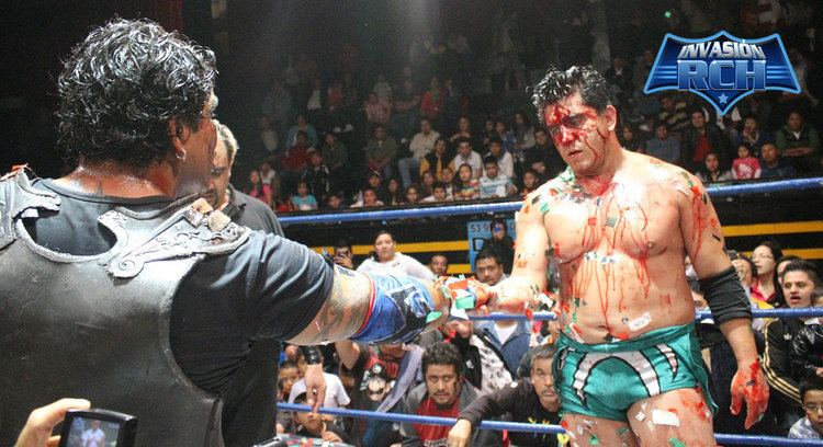 Último Gladiador Ultimo Gladiador pierde la cabellera ante Joe Lder THE