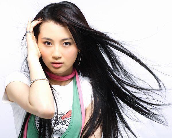 Lu Chen (actress) i3sinaimgcnentvmp20080625U2411P28T3D2075