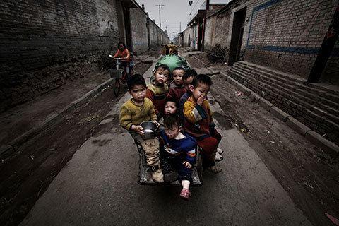 Lu Guang (photographer) Contact News Awards amp Grants