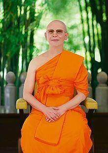 Luang Por Dhammajayo httpsuploadwikimediaorgwikipediacommonsthu