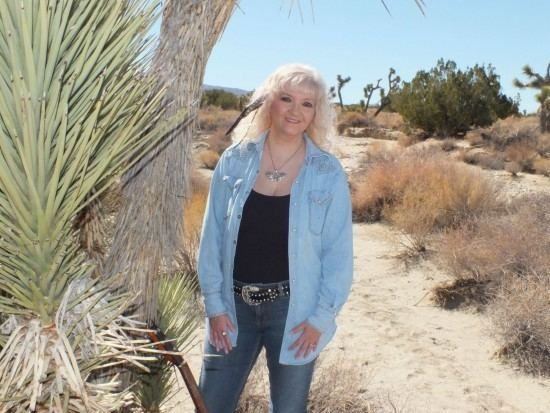 Luanne Hunt Hire Luanne Hunt Gospel Singer in Hesperia California