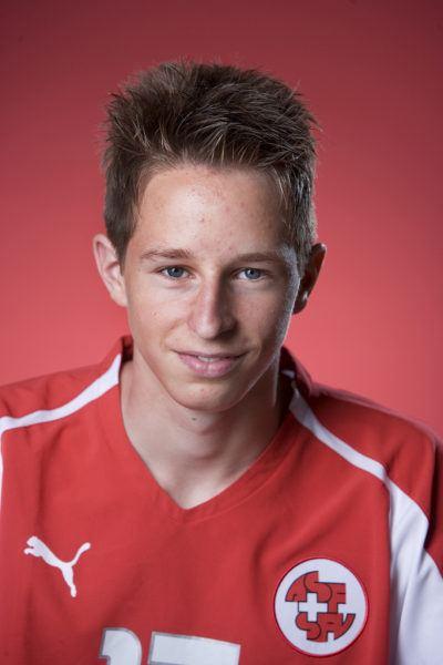 Luca Zuffi 20 Minuten Thuns Zuffi wechselt im Sommer zum FCB News