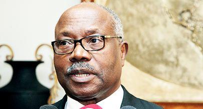 Lucas Ngonda Lucas Ngonda contestado em Benguela Poltica Jornal de Angola