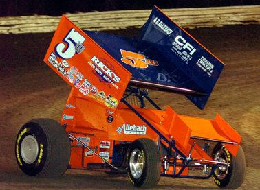 Lucas Wolfe Lucas Wolfe finishes well in World of Outlaw standings