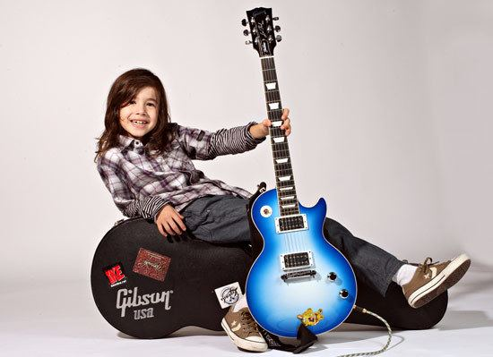 Lucciano Pizzichini Mini Jimmy Page 8YearOld Prodigy Takes On the Les Paul